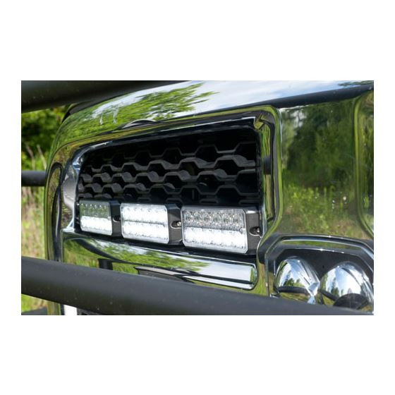 8891701 On Truck Grille Application 2
